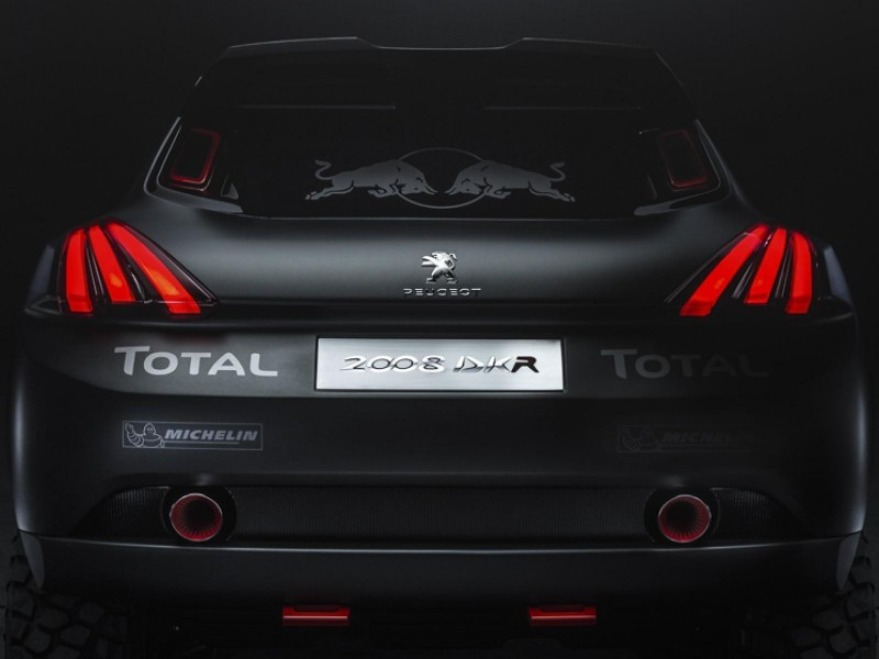 Peugeot-2008-DKR-4