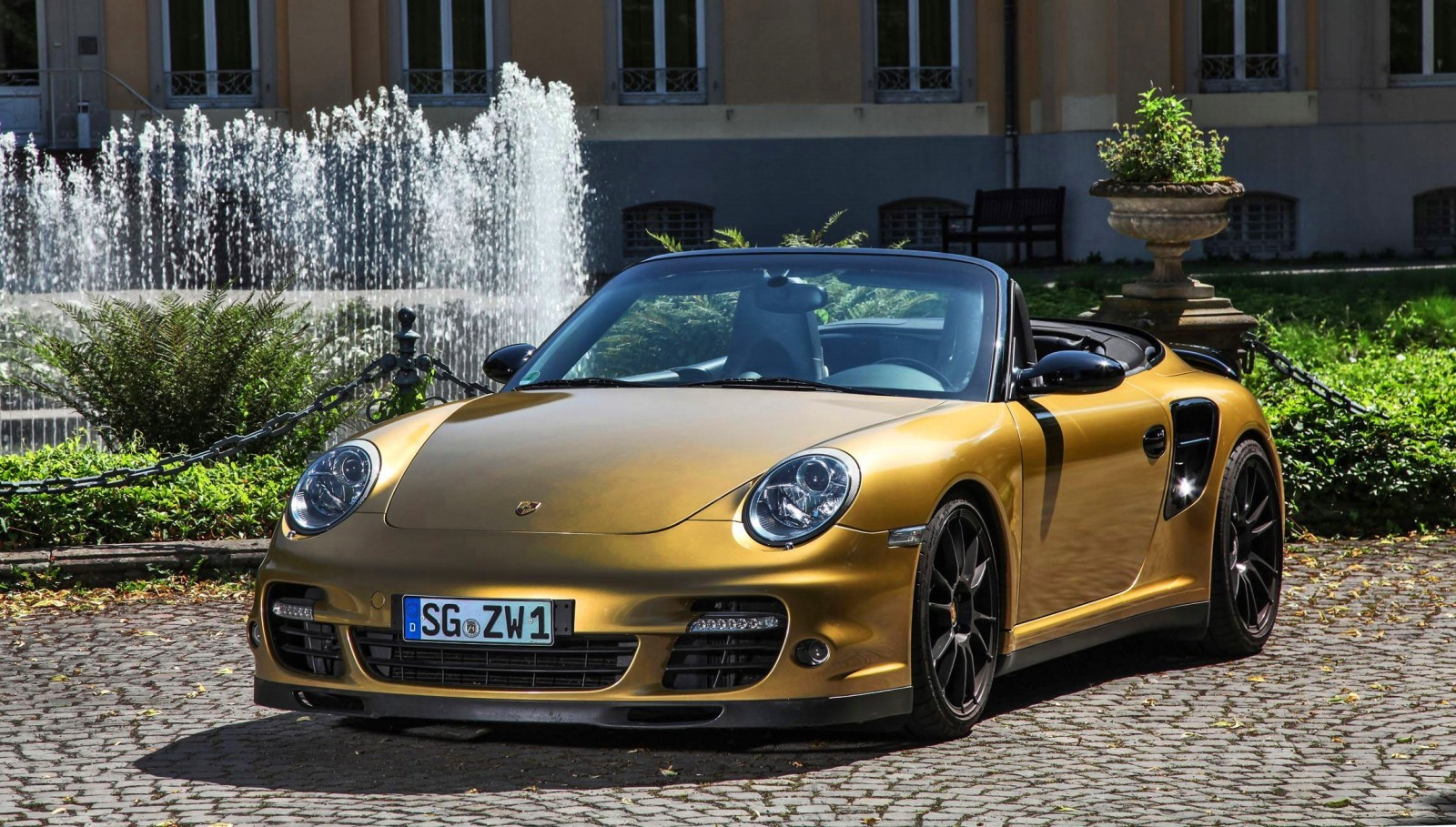 black gold 840hp 226mph porsche 911 turbo cabrio by wimmer rst. Black Bedroom Furniture Sets. Home Design Ideas