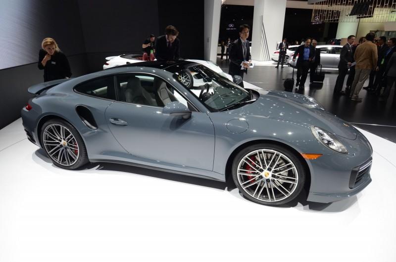 Porsche911TurS5