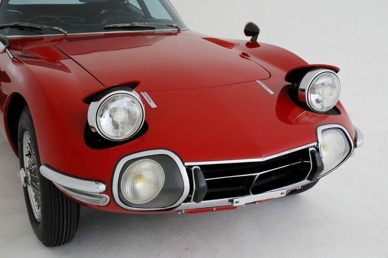 RM Auctions Monaco 2014 Highlights - 1968 Toyota 2000GT Joins Rare Million-Plus Japanese Car Club  7