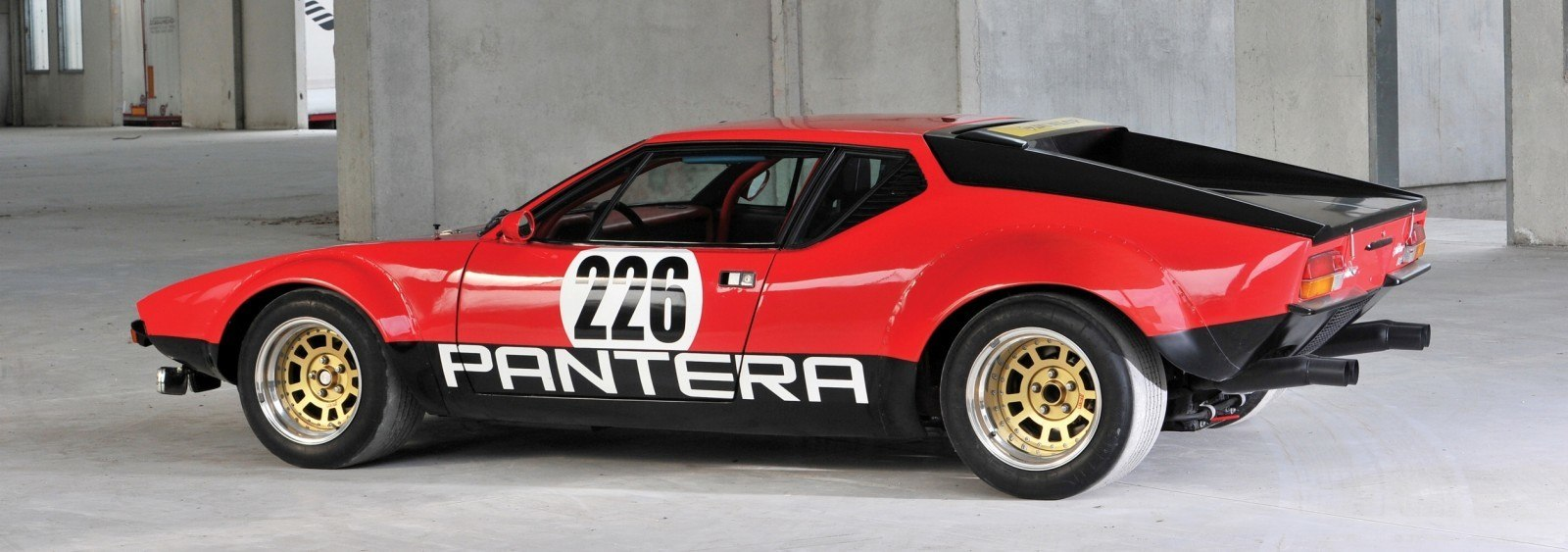 RM Auctions Monaco 2014 Highlights - 1973 DeTomaso Pantera Rally Special Is Low-Brow Heaven 2