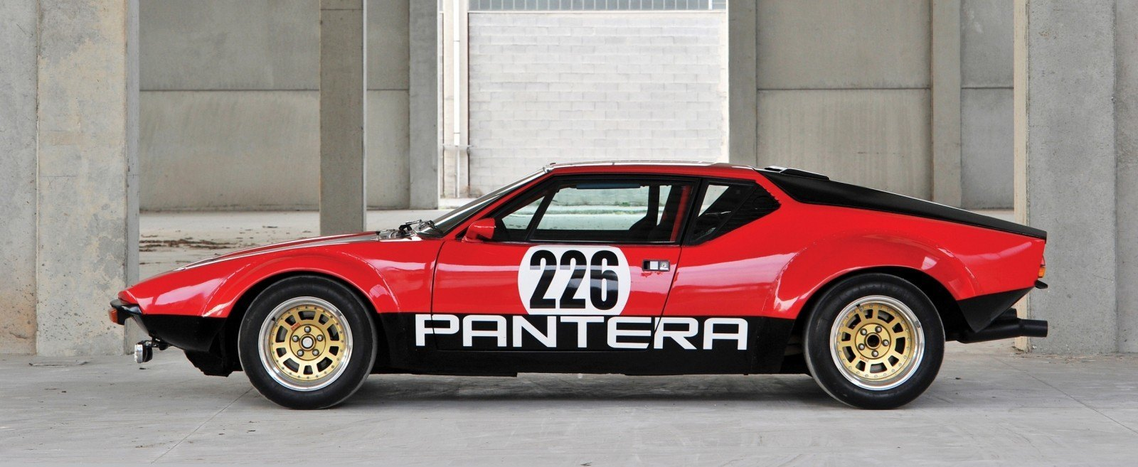 RM Auctions Monaco 2014 Highlights - 1973 DeTomaso Pantera Rally Special Is Low-Brow Heaven 5