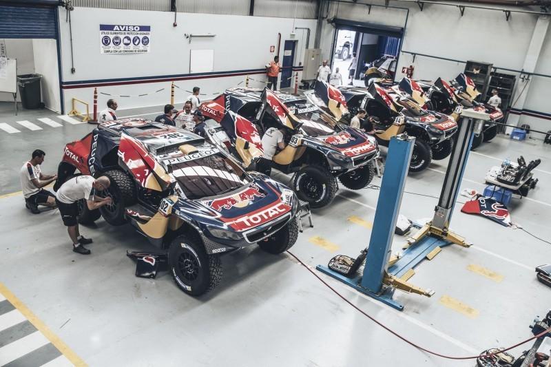 Rally Dakar 2016 Peugeot DKR16 Red Bull 20