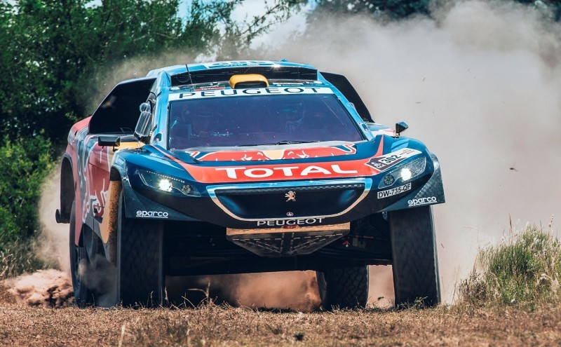 Rally Dakar 2016 Peugeot DKR16 Red Bull 8