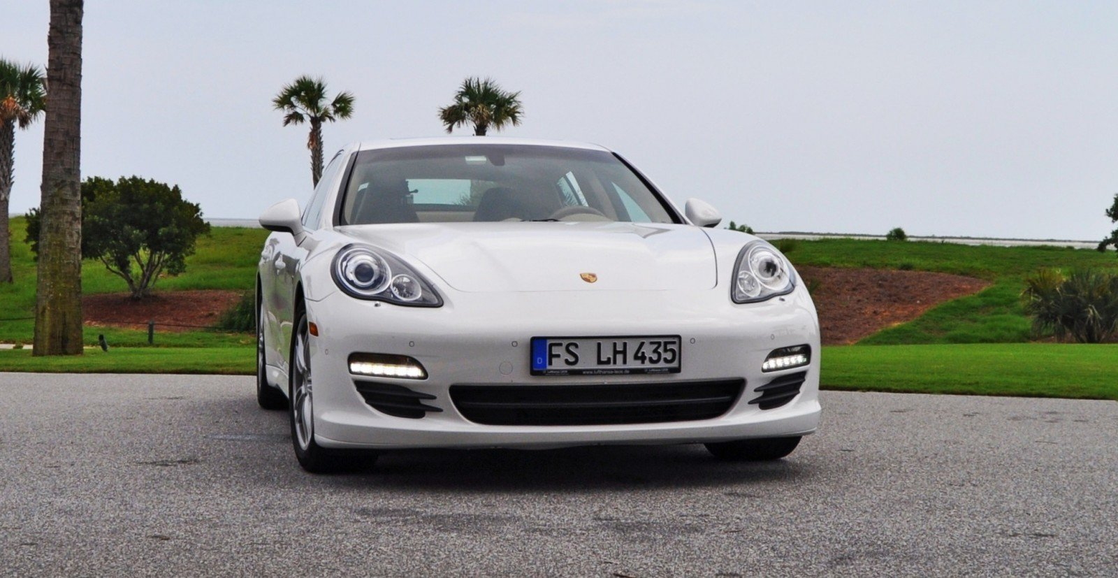 road test review 2010 porsche panamera s sport chrono is. Black Bedroom Furniture Sets. Home Design Ideas