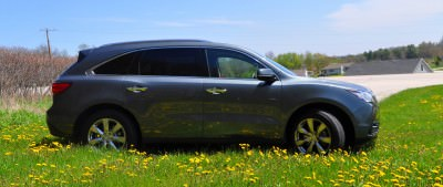 Road Test Review - 2014 Acura MDX Is Premium and Posh 7-Seat Cruiser 12