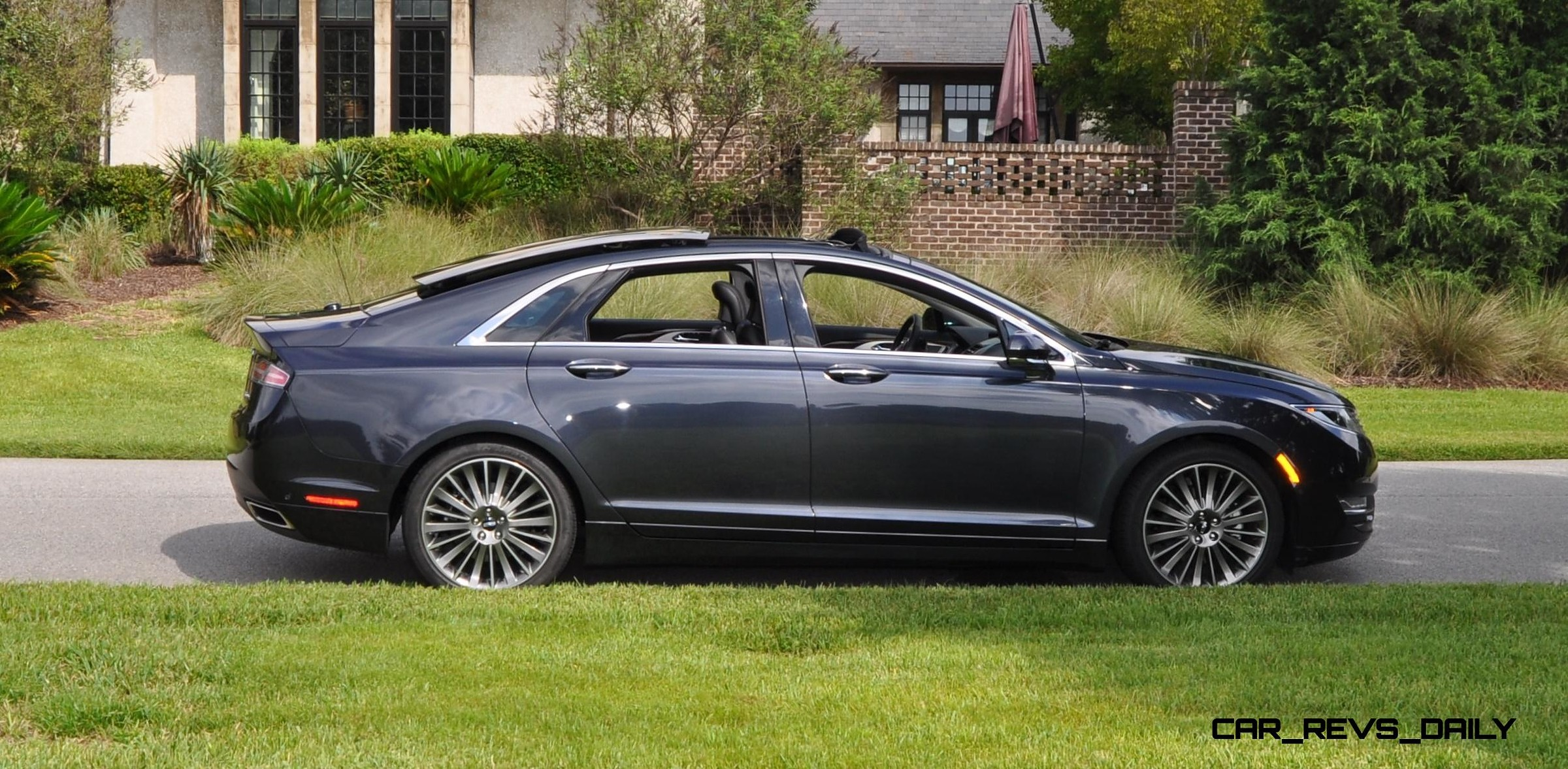 road test review 2014 lincoln mkz 3 7 awd 32. Black Bedroom Furniture Sets. Home Design Ideas