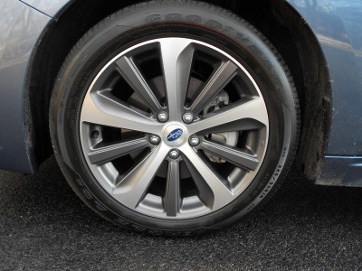 Road Test Review - 2016 Subaru Legacy 3.6R Limited 16