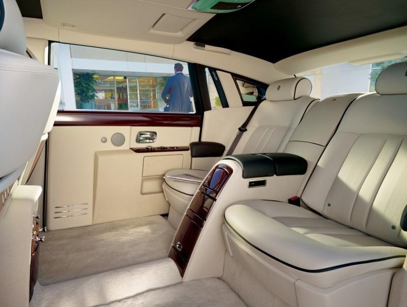 Rolls Royce Phantom II 11