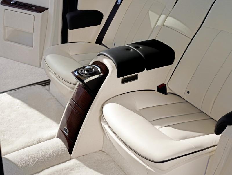 Rolls Royce Phantom II 6