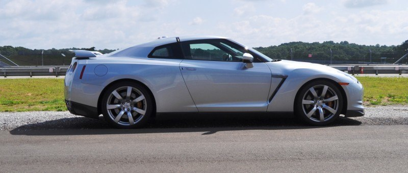 Supercar Hall of Fame - 2011 Nissan GT-R in Super Silver Special Metallic 19