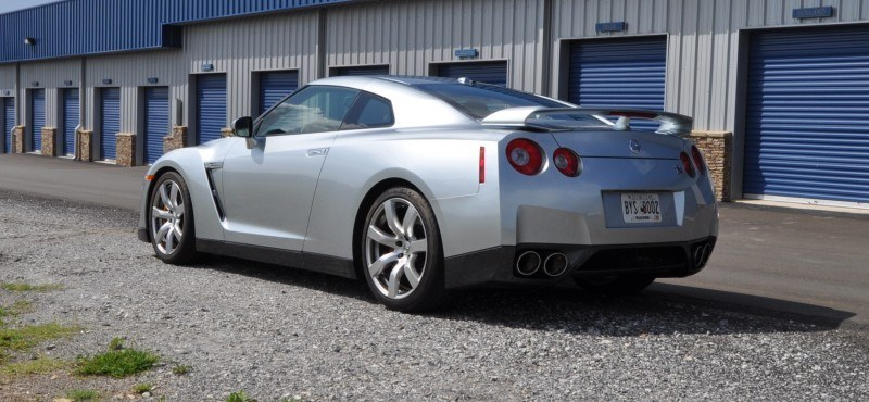Supercar Hall of Fame - 2011 Nissan GT-R in Super Silver Special Metallic 40
