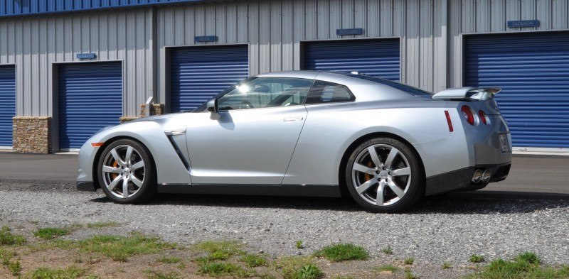 Supercar Hall of Fame - 2011 Nissan GT-R in Super Silver Special Metallic 44