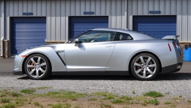 Supercar Hall of Fame - 2011 Nissan GT-R in Super Silver Special Metallic 47