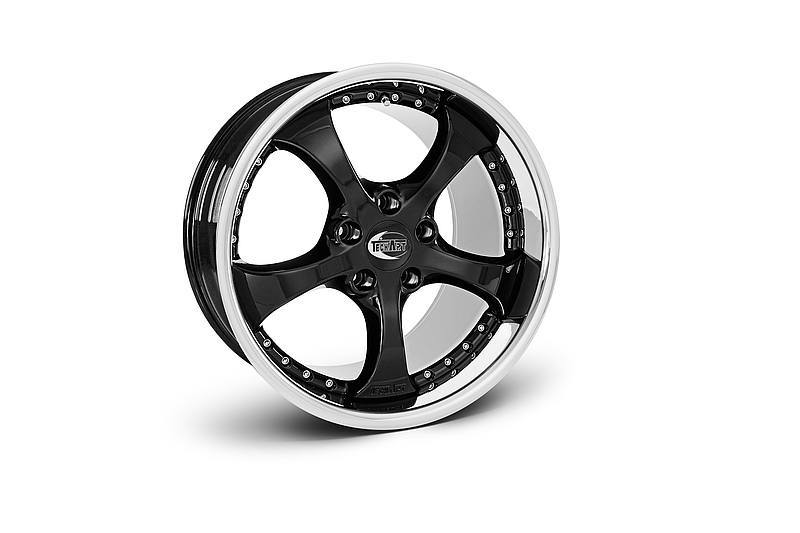 TECHART Releases First Four MACAN Wheels 11