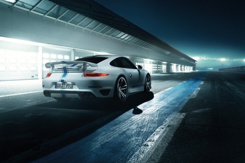 TECHART_for_Porsche_911_Turbo_models_white_3_4_rear2