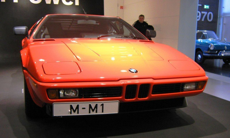 Then and Now - 1980 BMW M1 versus 2008 BMW M1 Hommage 23