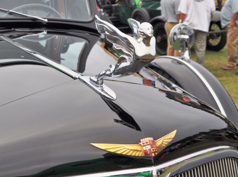 Top 10 Most Beautiful Pebble Beach Hood Ornaments 4