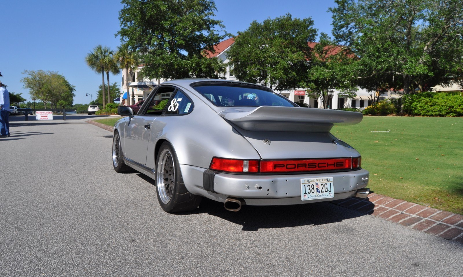 Track-Prepped Porsche 986 911 Whale Tale Is Mighty Desirable Machine 9