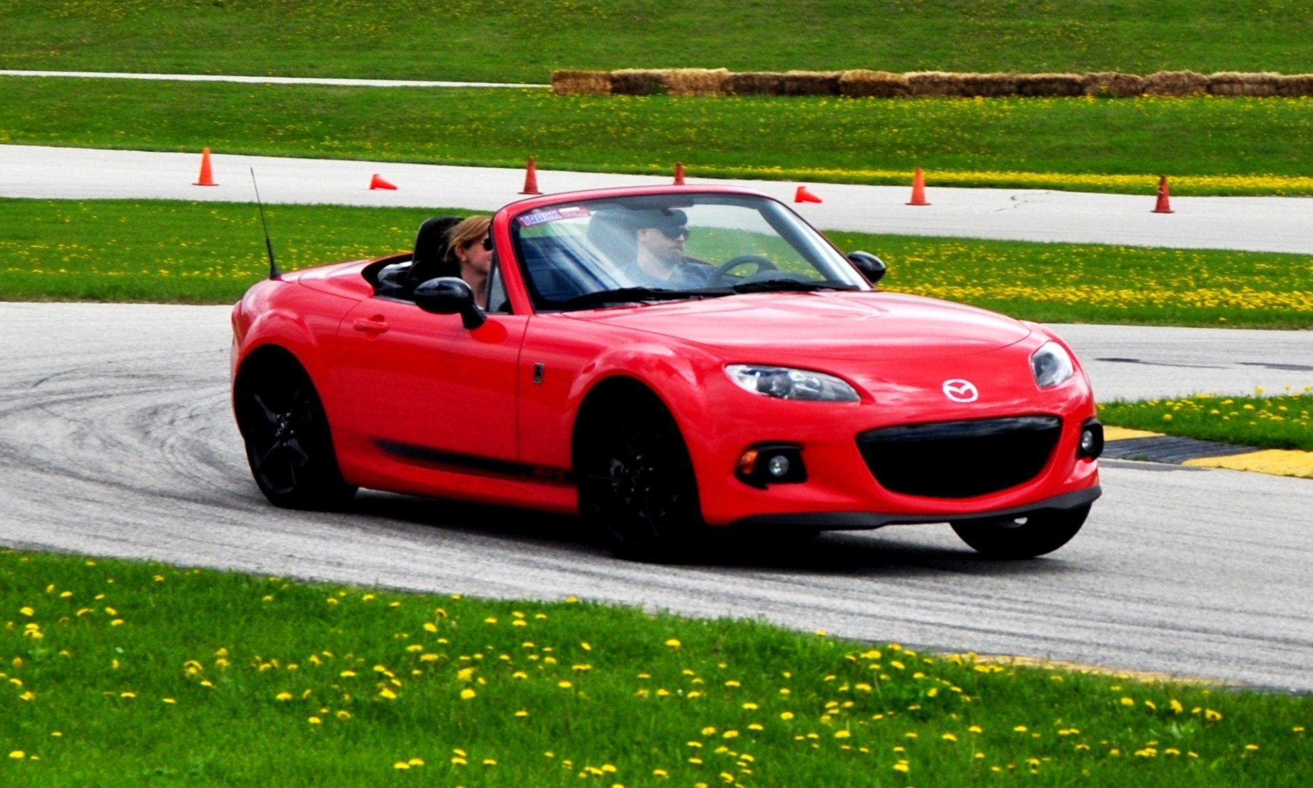 track test review 2014 mazda mx 5 club hardtop at road america autocross. Black Bedroom Furniture Sets. Home Design Ideas