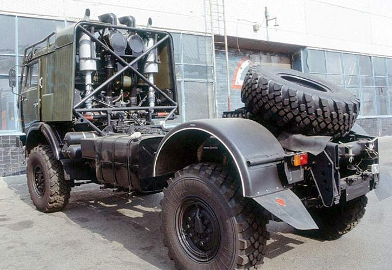 Unimog Nemesis - Red Bull KAMAZ 4911 - Dakar T4 Hero  29