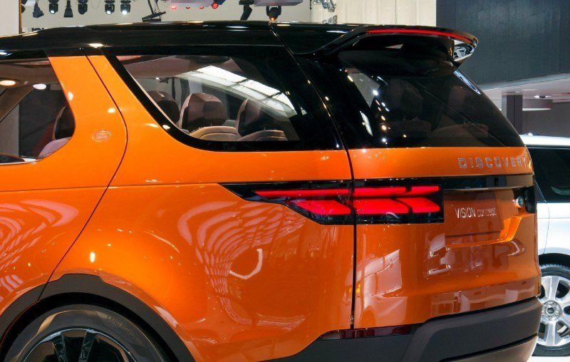 Update1 - Land Rover Discovery Concept Previews 2016 LR4 Discovery and 2015 LR2 Disco Sport 15