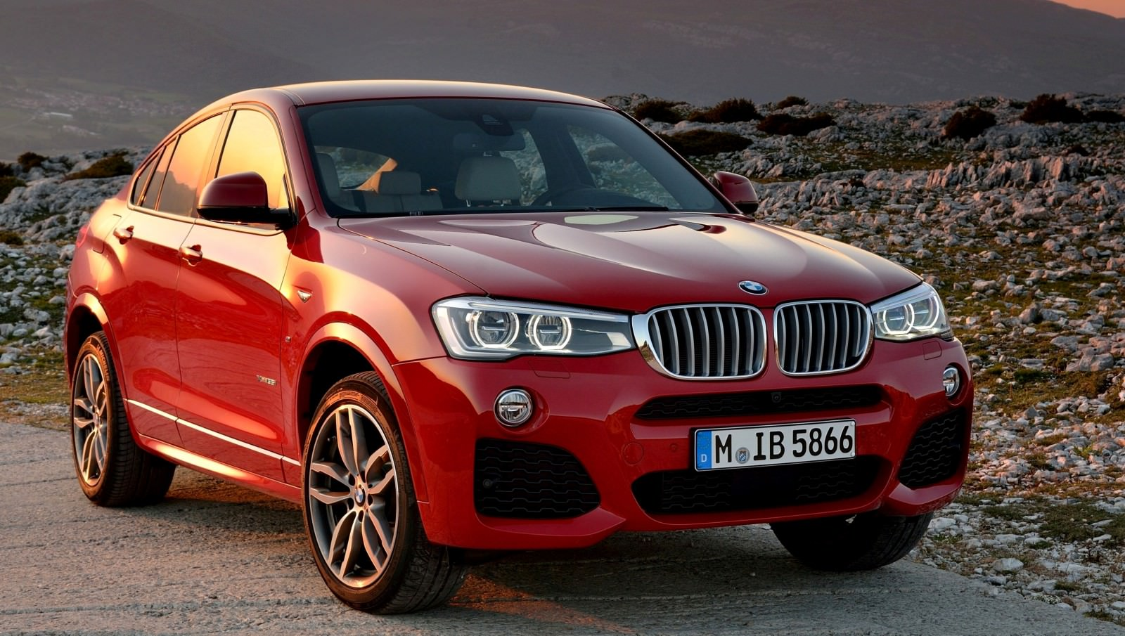 Update2 Debut Photos - 2015 BMW X4 Arriving Now to USA BMW Dealers 2