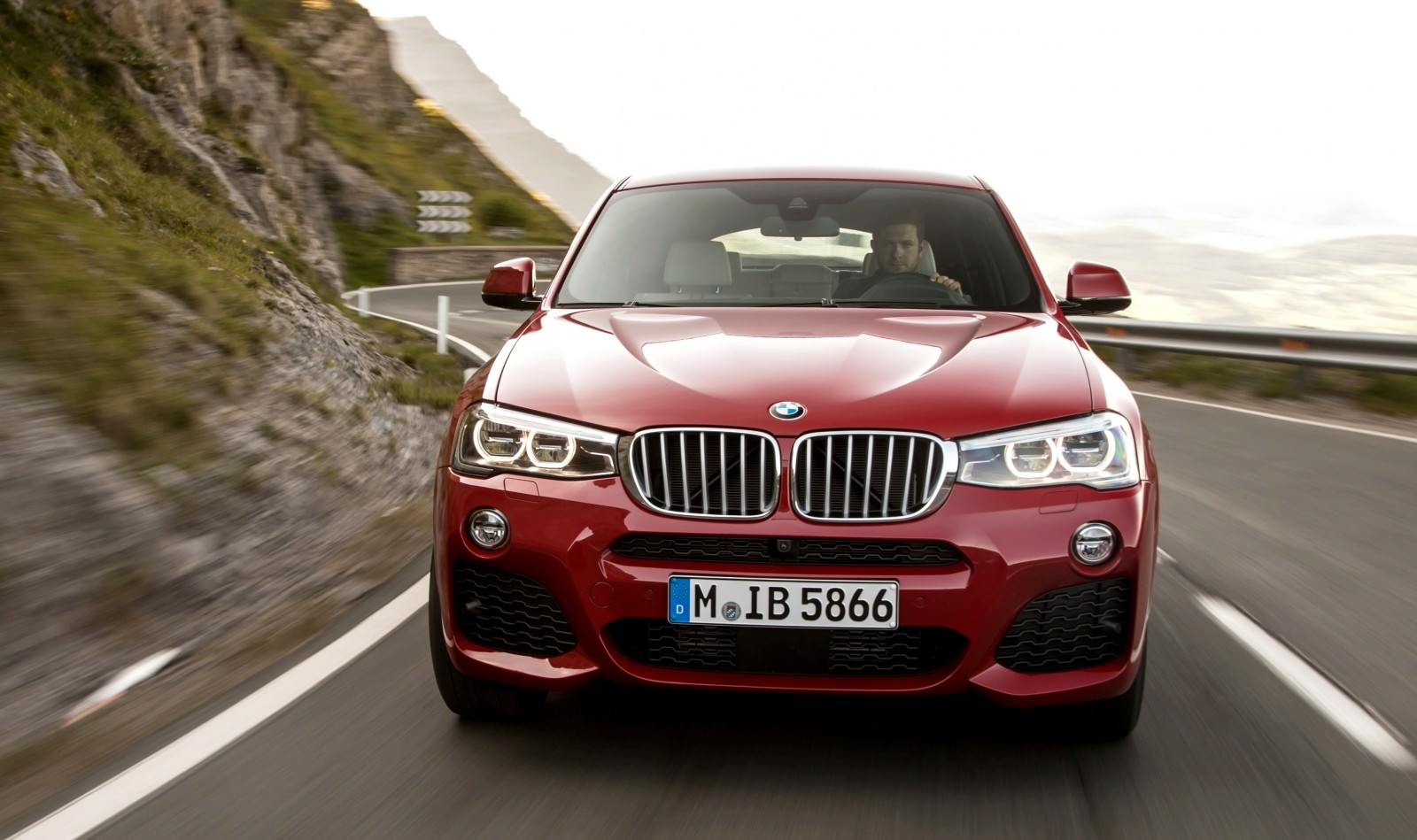 Update2 Debut Photos - 2015 BMW X4 Arriving Now to USA BMW Dealers 25
