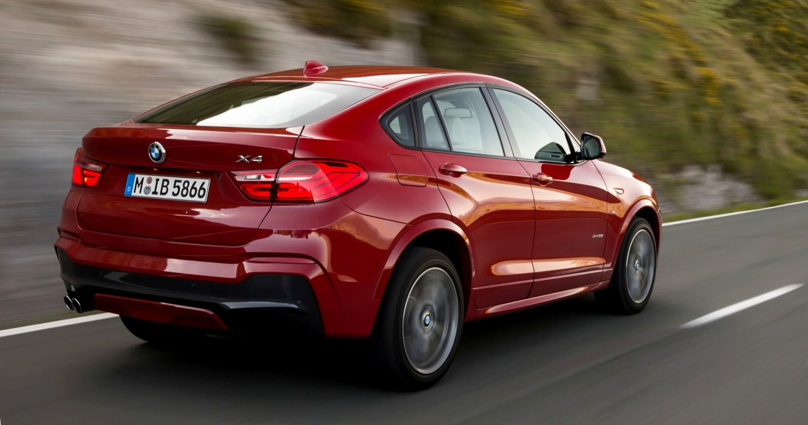Update2 Debut Photos - 2015 BMW X4 Arriving Now to USA BMW Dealers 28
