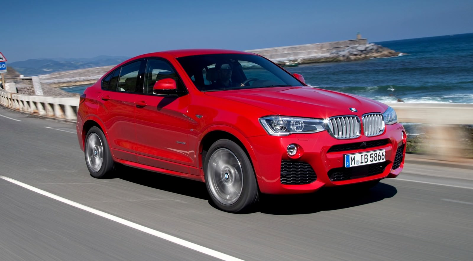 Update2 Debut Photos - 2015 BMW X4 Arriving Now to USA BMW Dealers 34