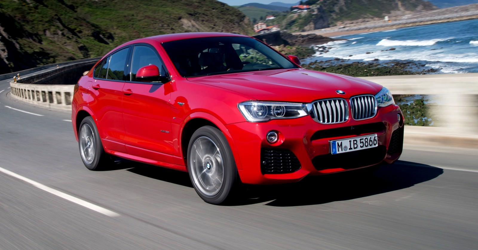 Update2 Debut Photos - 2015 BMW X4 Arriving Now to USA BMW Dealers 35