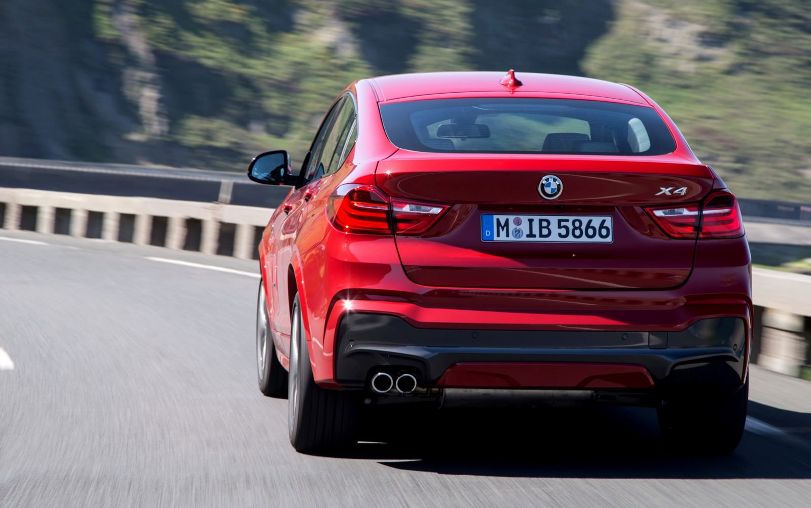 Update2 Debut Photos - 2015 BMW X4 Arriving Now to USA BMW Dealers 36