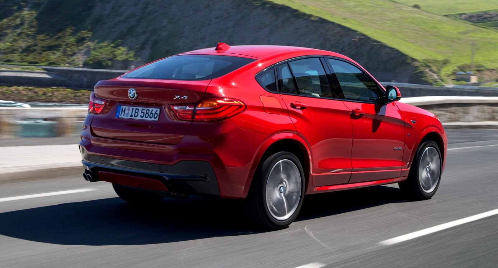 Update2 Debut Photos - 2015 BMW X4 Arriving Now to USA BMW Dealers 37