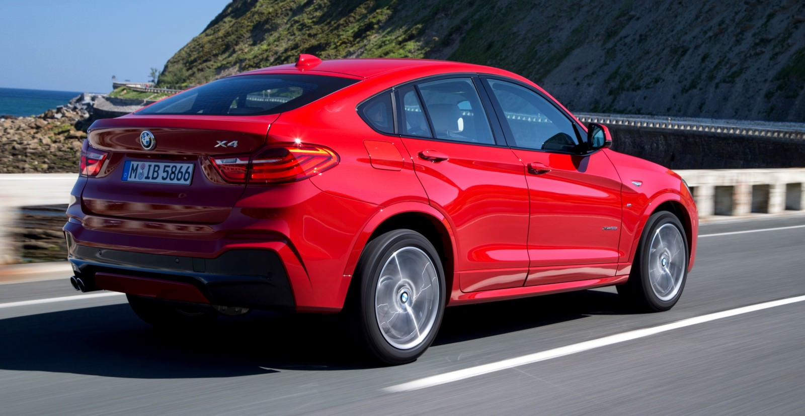 Update2 Debut Photos - 2015 BMW X4 Arriving Now to USA BMW Dealers 38