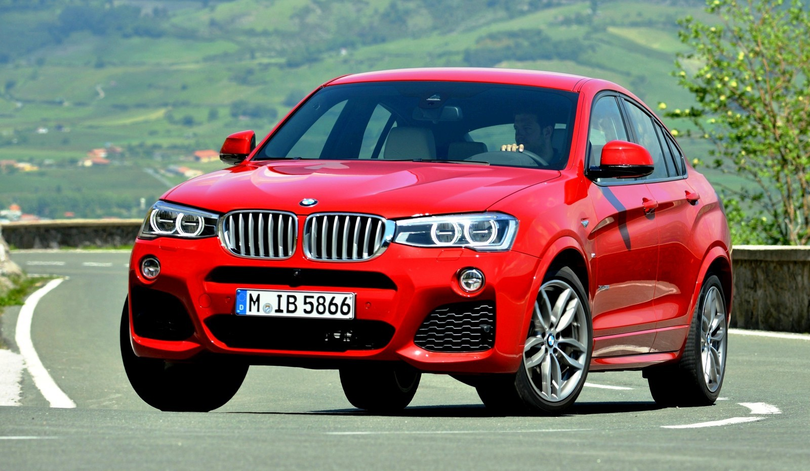 Update2 Debut Photos - 2015 BMW X4 Arriving Now to USA BMW Dealers 52
