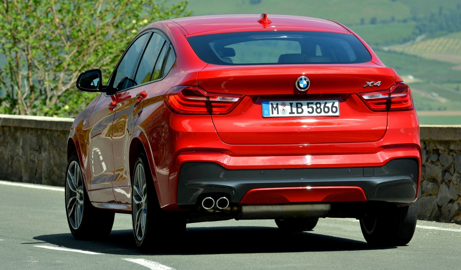 Update2 Debut Photos - 2015 BMW X4 Arriving Now to USA BMW Dealers 53