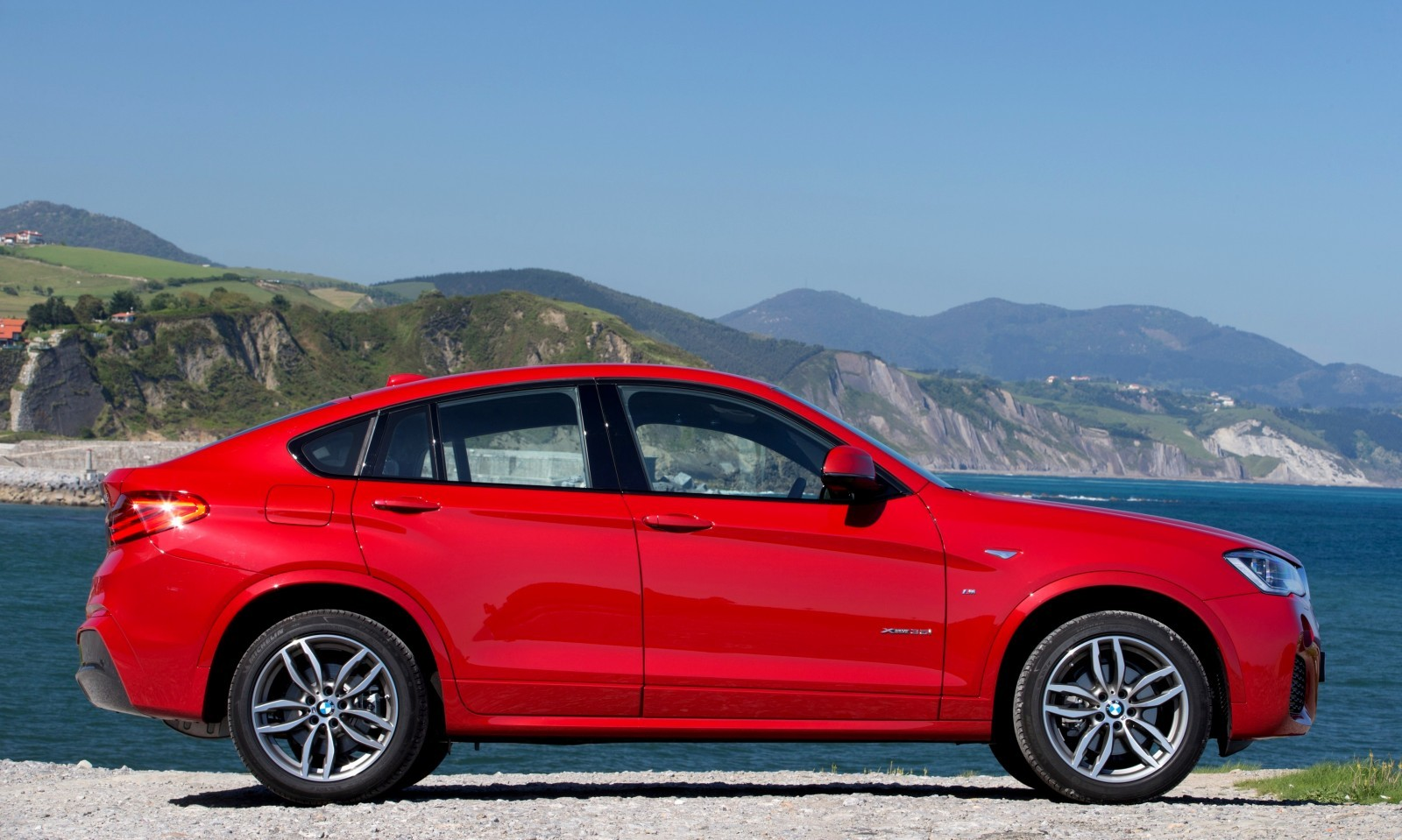 Update2 Debut Photos - 2015 BMW X4 Arriving Now to USA BMW Dealers 69