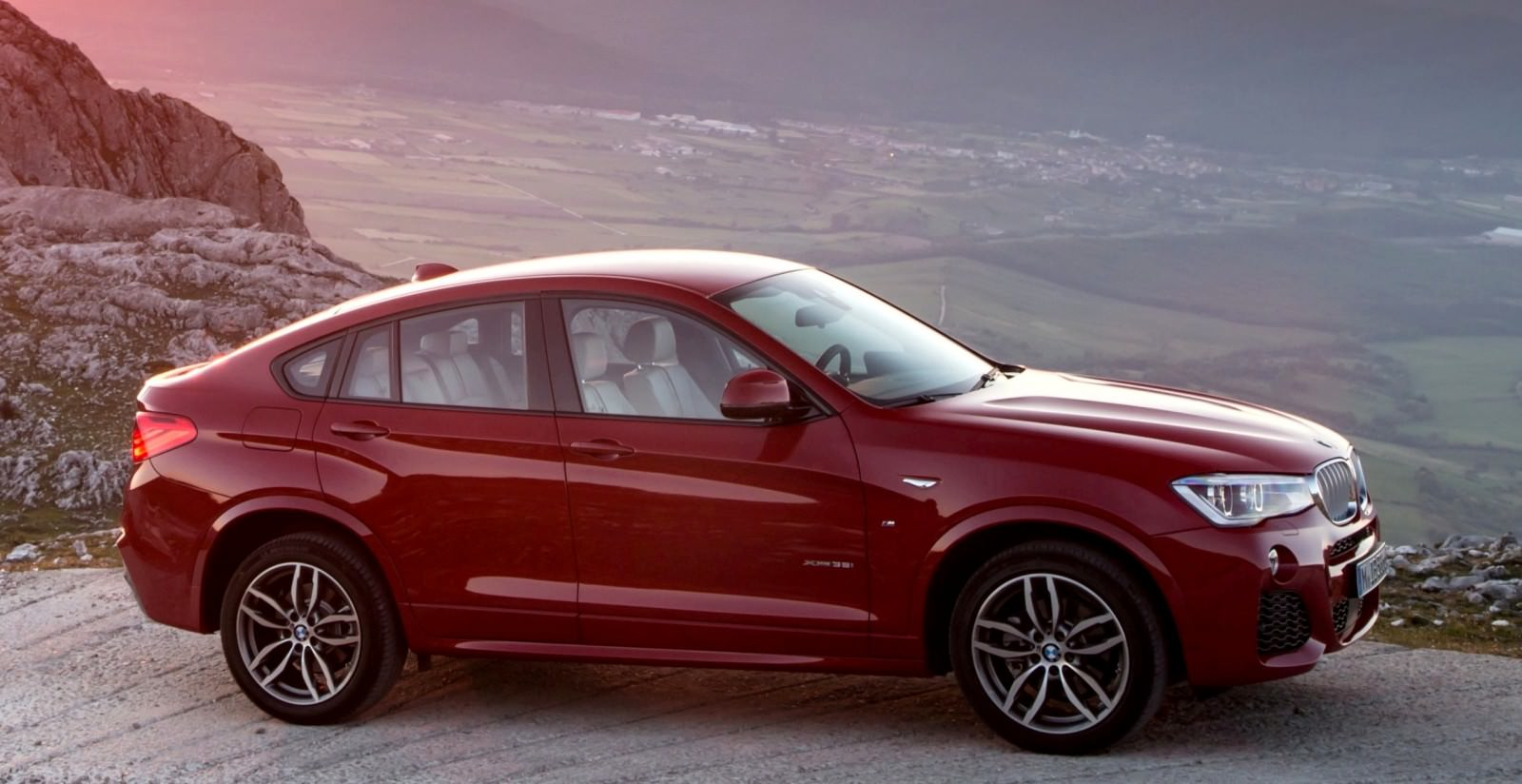 Update2 Debut Photos - 2015 BMW X4 Arriving Now to USA BMW Dealers 9