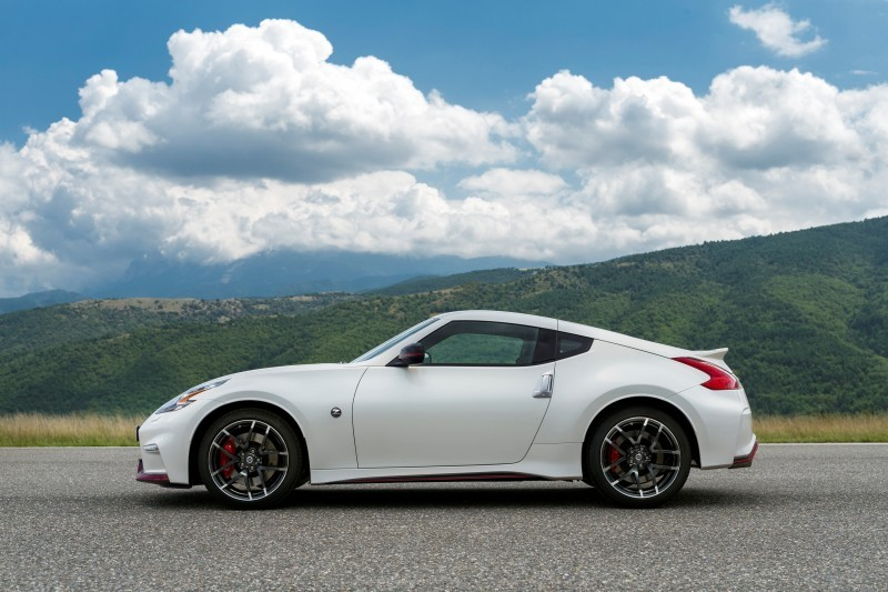 Update2 New Photos! 2015 Nissan 370Z NISMO Facelift 2