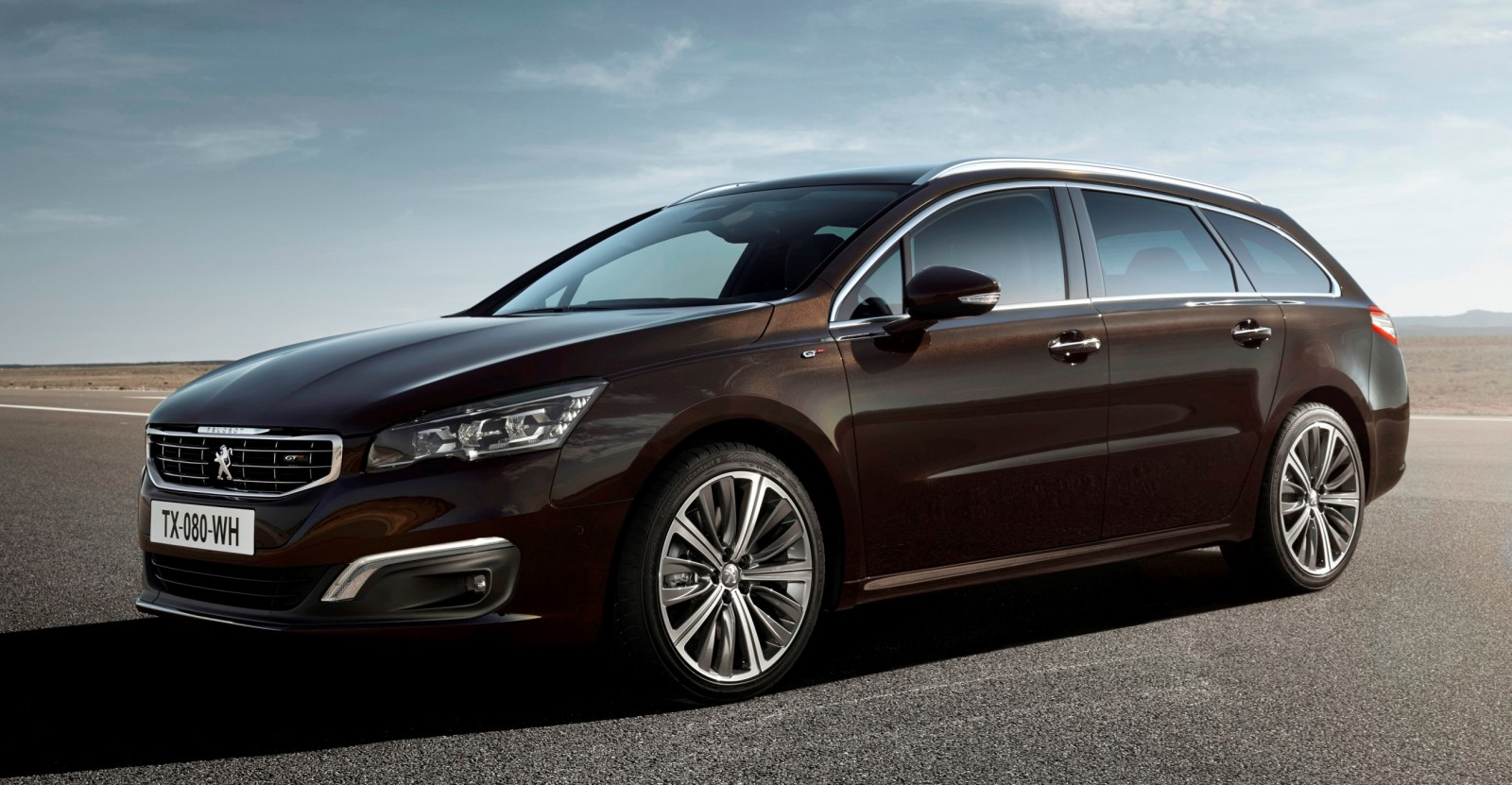 Update2 New Photos - 2015 Peugeot 508 Facelifted With New LED DRLs, Box-Design Beams and Tweaked Cabin Tech 25