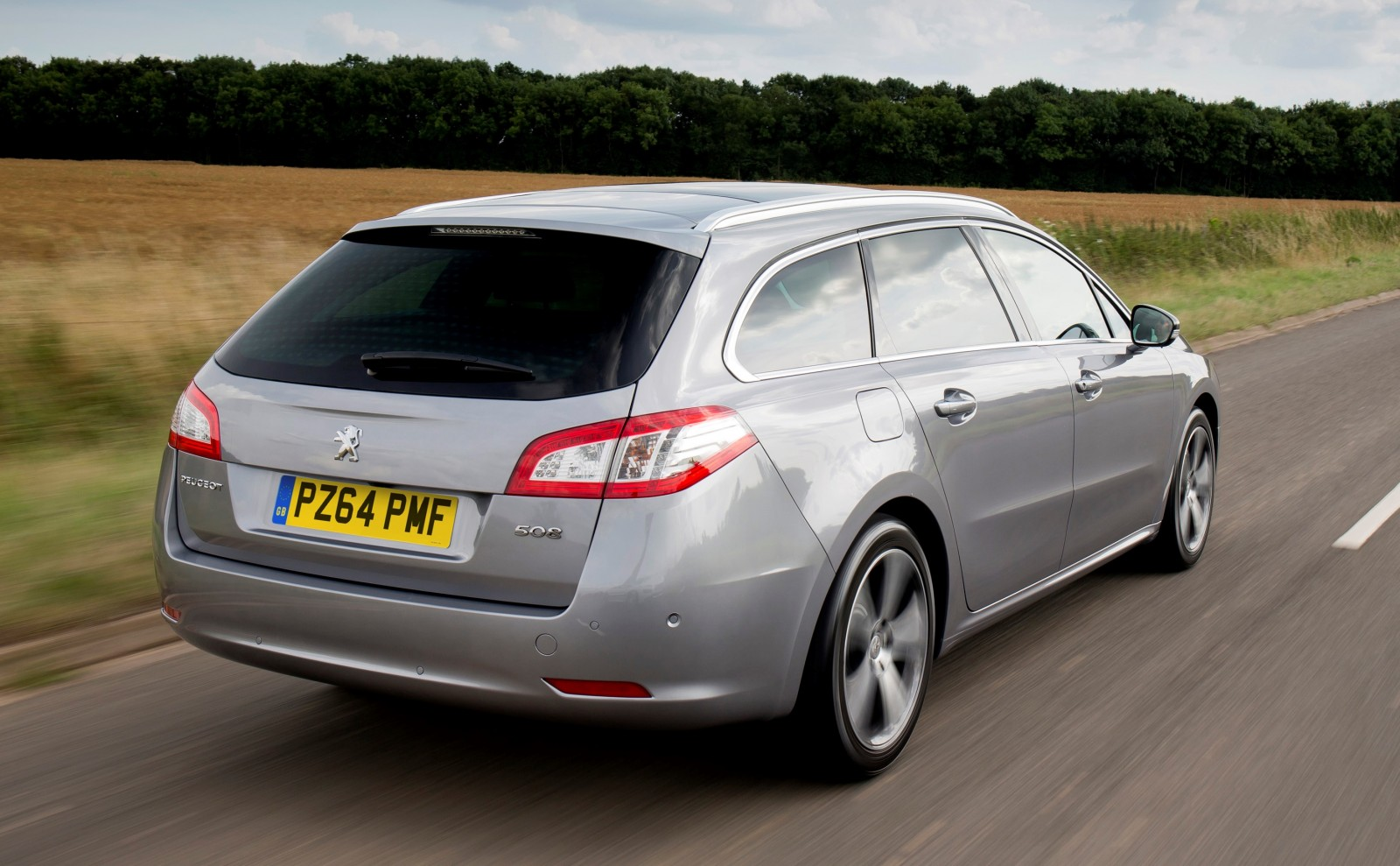 Update2 New Photos - 2015 Peugeot 508 Facelifted With New LED DRLs, Box-Design Beams and Tweaked Cabin Tech 5