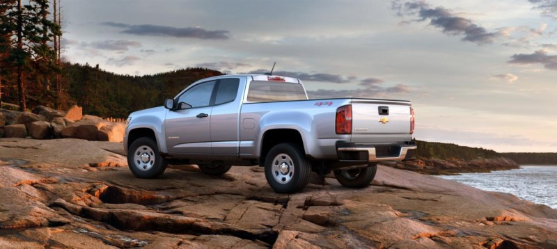 Updated With Pricing and Colors - 2015 Chevrolet Colorado Z71 Brings Cool Style, Big Power 27