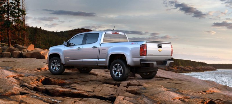 Updated With Pricing and Colors - 2015 Chevrolet Colorado Z71 Brings Cool Style, Big Power 31