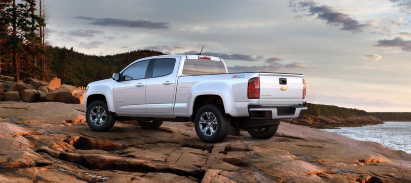 Updated With Pricing and Colors - 2015 Chevrolet Colorado Z71 Brings Cool Style, Big Power 35