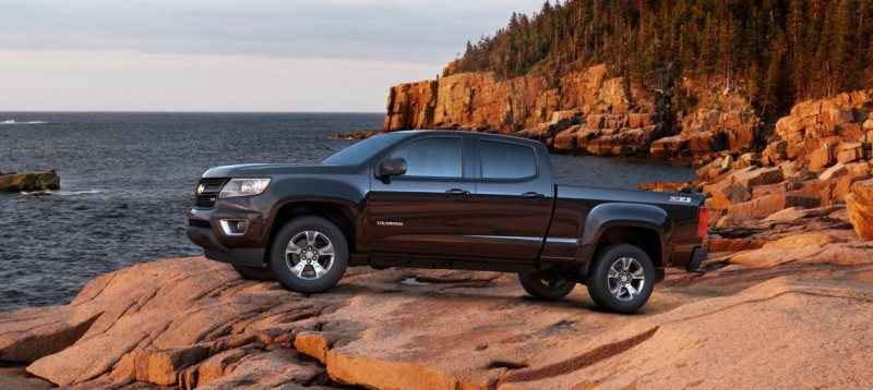 Updated With Pricing and Colors - 2015 Chevrolet Colorado Z71 Brings Cool Style, Big Power 38