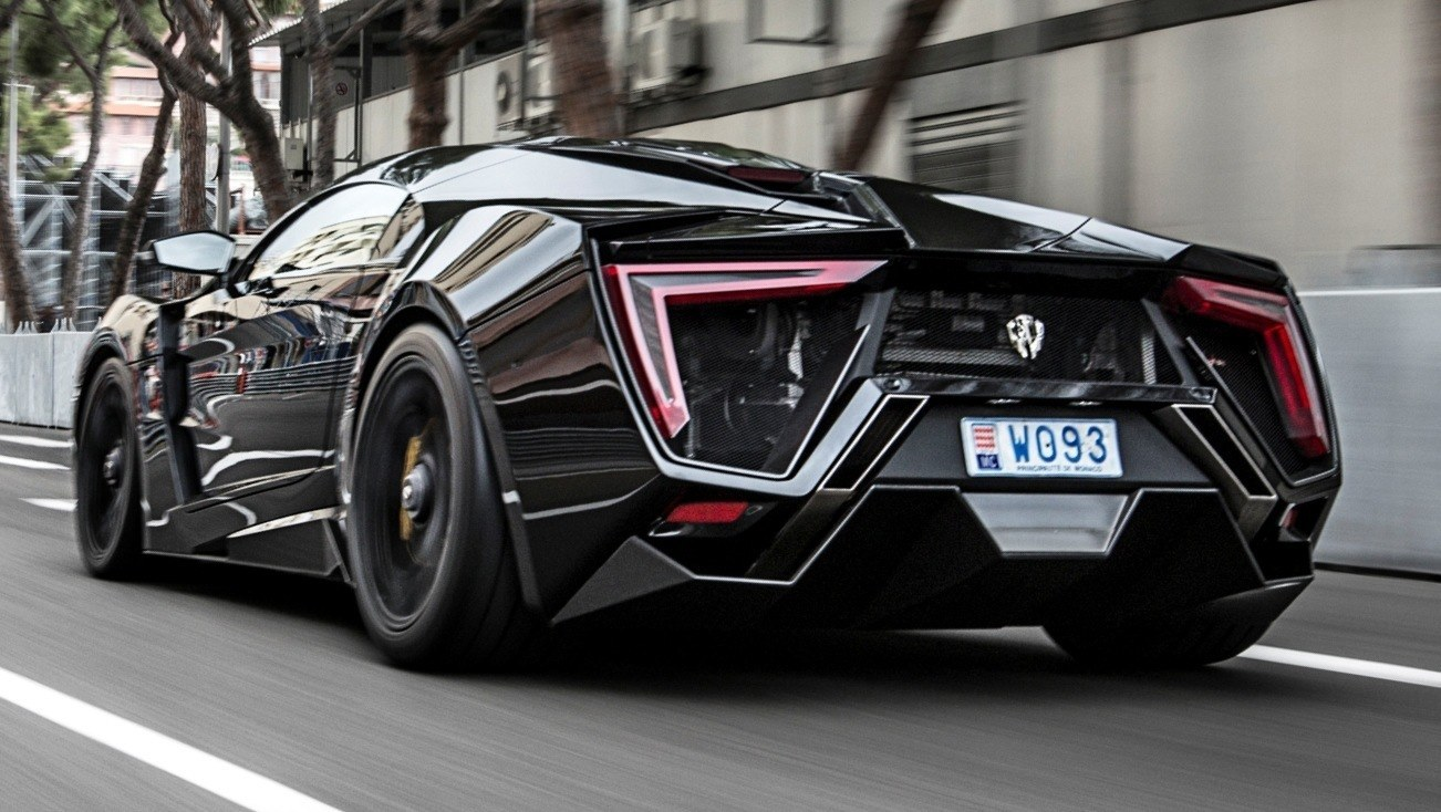W Motors Lykan Monaco - Finish Line