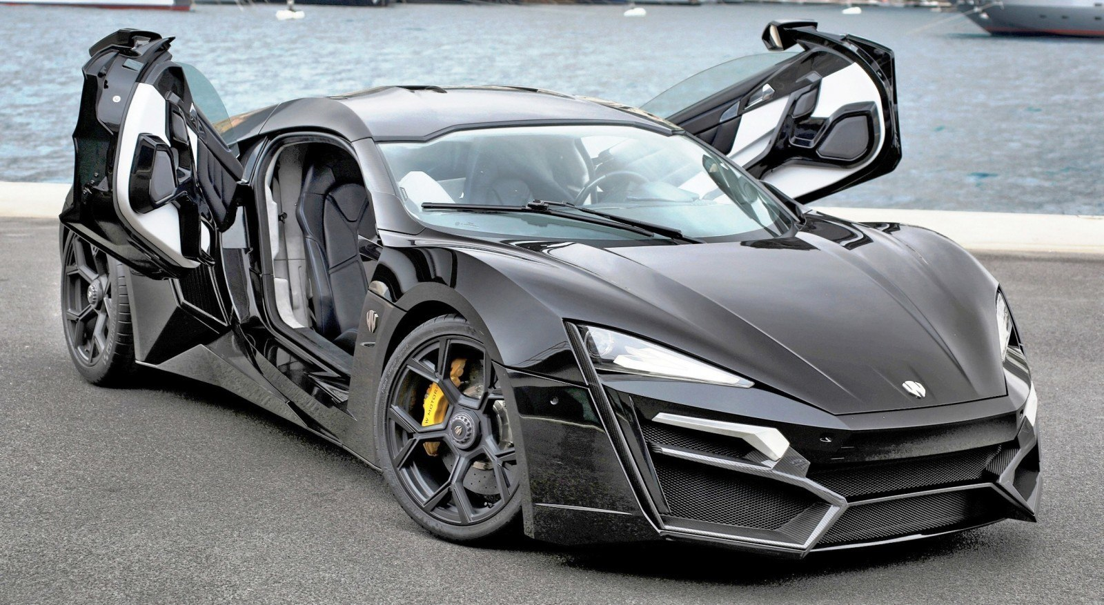 W Motors Lykan Monaco - Open Door